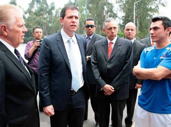 Alfredo Castillo Cervantes  recorre el CDOM