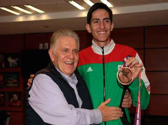 Saúl Gutierrez Medallista Mundial