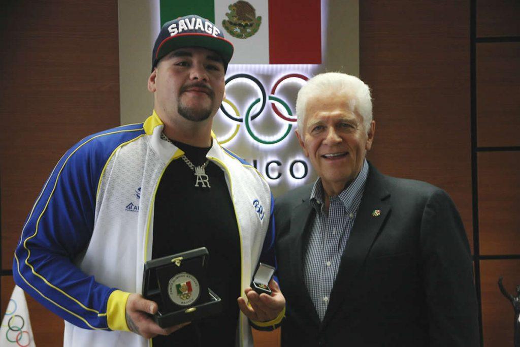 Reunión de Carlos Padilla con el campeón mundial de peso completo Andy Ruiz Jr.